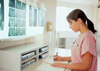 Enfermera de práctica avanzada y su alcance en la práctica clínica