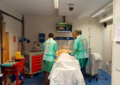 Experto universitario en urgencias, emergencias y atención de enfermería al paciente crítico