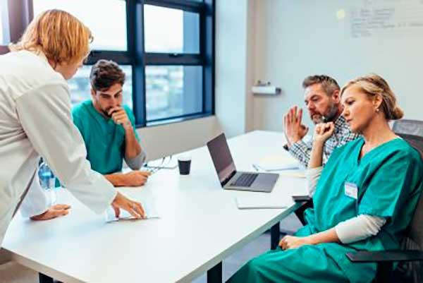 Gestión y liderazgo enfermero