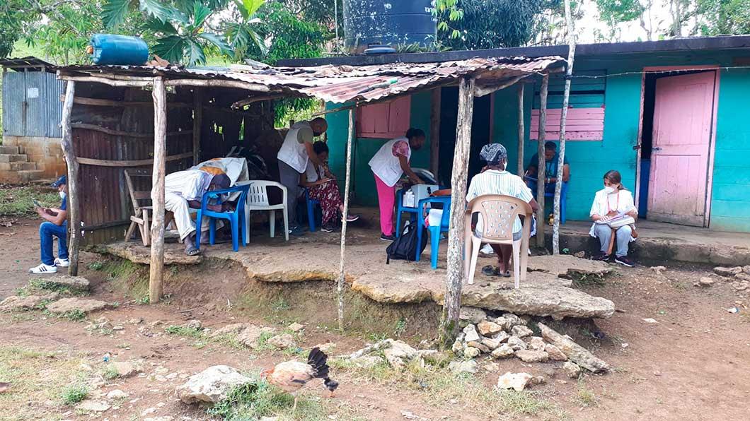Experto de cooperación enfermera de Fuden en Dominicana