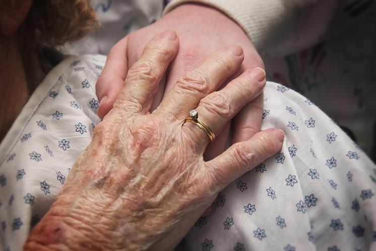 La Enfermera Geriátrica, figura clave en la sociedad